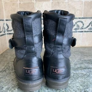 UGG Shoes - Ugg Kesey Black/Grey Lambskin Boots 11
